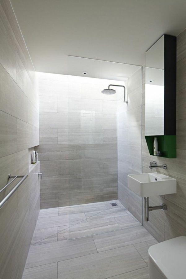 Les 25 meilleures id es de la cat gorie carrelage gris clair sur pinterest - Jolie salle de bain italienne ...