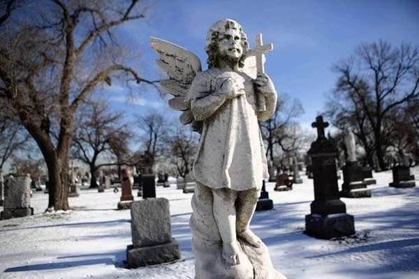 Resurrection Cemetery, Chicago