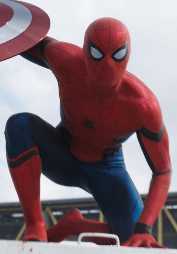 Spiderman civil war suit