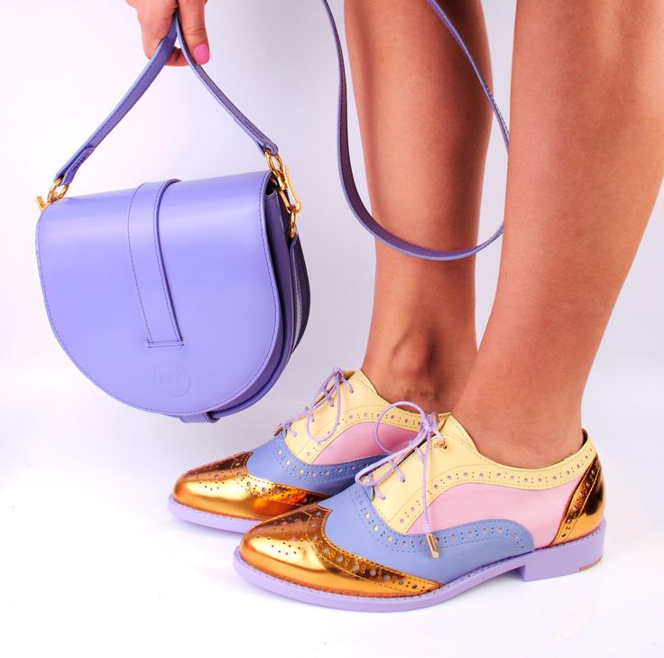 Original ABO pointed toe brogues and violet ABO shoulder bag :: Online shop www.abo-shoes.com