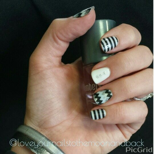 59 best jamberry images on pinterest jamberry nail wraps jamberry is a fantastic do it yourself manicure that you can do in the comfort of solutioingenieria Image collections