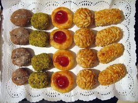 Aquest any, com cada any des de que tinc memòria, hem celebrat la castanyada menjant panellets casolans.  Recordo que, des de ben petites, l...
