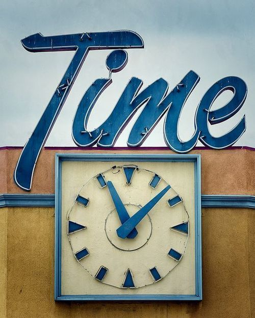 Time. #sign #typography