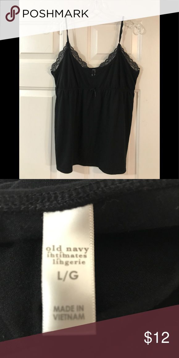 👻 Old Navy Cami Excellent used condition. Black with elastic under bust 32 B with adjustable straps. Lace at the top. Size 16 large. Roomy!😀 Old Navy Intimates & Sleepwear Chemises & Slips