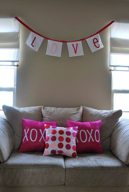 Love  is in the air. Can you feel it? I have FELT it.   This year I wanted to cut-i-fy (totally a word) my house for Vday . I am not norm...