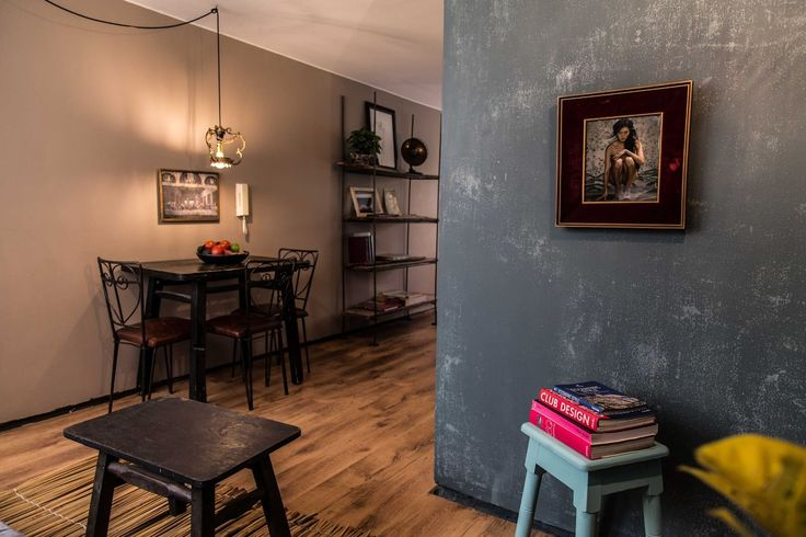 Apartment in Bogotá, Colombia. We are located in one of the coolest neighborhoods of Bogota.  La Macarena is walking distance from everything you may be interested in (restaurants, nightlife, musseums, cinemas, galeries, monuments, and more). Airport is only 20 minutes away.  W...