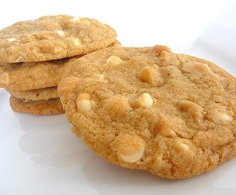 Rezept Cookie mit Macadamia und weiße Schokolade (SUBWAY) von ChamäleonRave - Rezept der Kategorie Backen süß