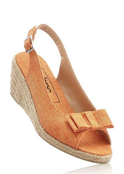 Sandały na koturnie bonprix morelowy - 968202