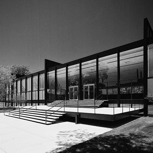 Crown Hall / Mies van der Rohe © Hagen Stier - Click through for a video of his Chicago classics.