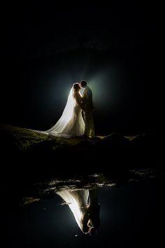 Immagini meravigliose e romantiche, nonostante il cielo buio. www.matrimoniopartystyle.it IL TROVA LOCATION SU MISURA PER VOI