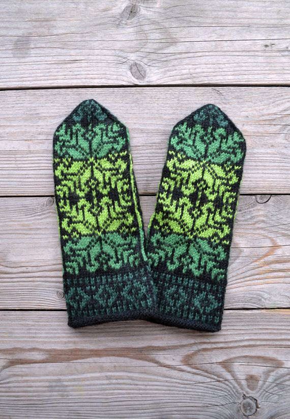 Green Wool MittensNordic mittens with Stars Christmas by lyralyra, $36.00