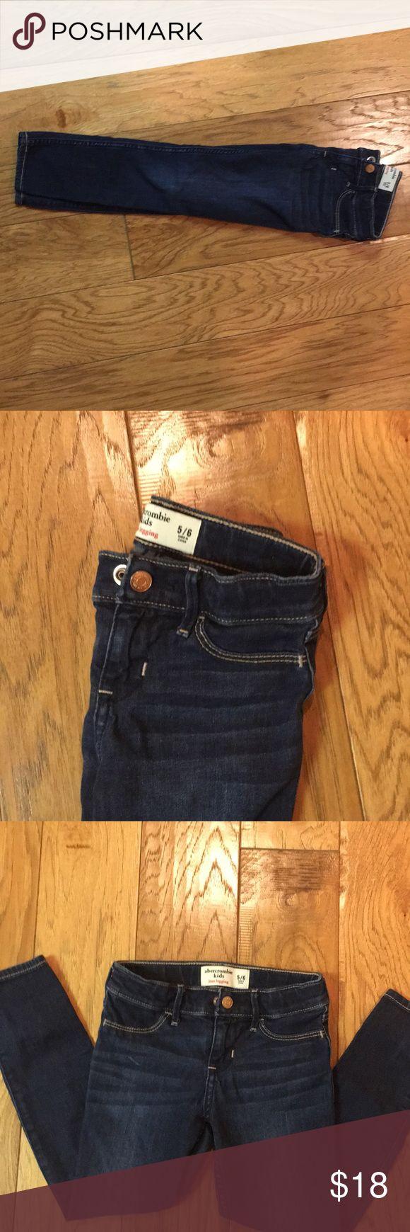 Abercrombie Jean leggings (girls) Size 5/6, like new. Expanding waists   Little girls size 5/6 Abercombie Kids Bottoms Jeans