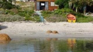 Kom tot Rus Beach Cottage | Stompneusbaai Self-catering