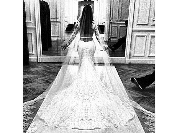 Kim Kardashian's Wedding Dress: See the Gorgeous Rear View!