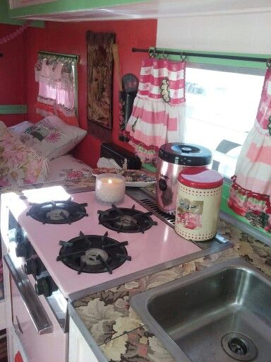 Pink stove and all!