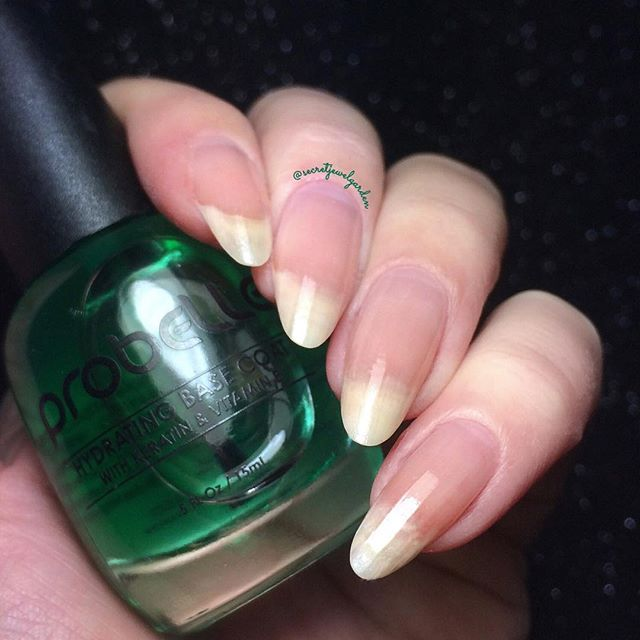 I am trying out @probelle_beauty Hydrating base coat on freshly filed nails, I have been using it only for a couple of days so far it is fast drying and looks quite even underneath polish, I will update you on a later date! I am always on the lookout for good new base coats! Thank you @probelle_beauty for sending me this product for review! #nails #nailpolish #nailcare #basecoat #probellebeauty #notd #naturalnails #almondnails #nails2inspire #nailtreatment #nailsofinstagram #prettynails…