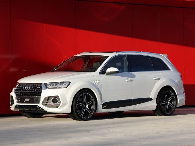 Voir cette image sur PhotosCar: Le préparateur, spécialisé dans les marques du Groupe Volkswagen et notamment Audi, dévoile sa version sportive de l'Audi Q7 : l'ABT QS7 qui adopte un design très agressif. Un multi-talent sportif, tel pourrait être un synonyme pour l'abréviation « SUV ». Dans le cas de la nouvelle ABT QS7, le »S » est particulièrement important, car ce géant est particuli%C...