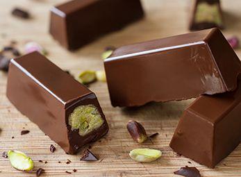 Νηστίσιμα σοκολατάκια με ταχίνι από τον Άκη Πετρετζίκη