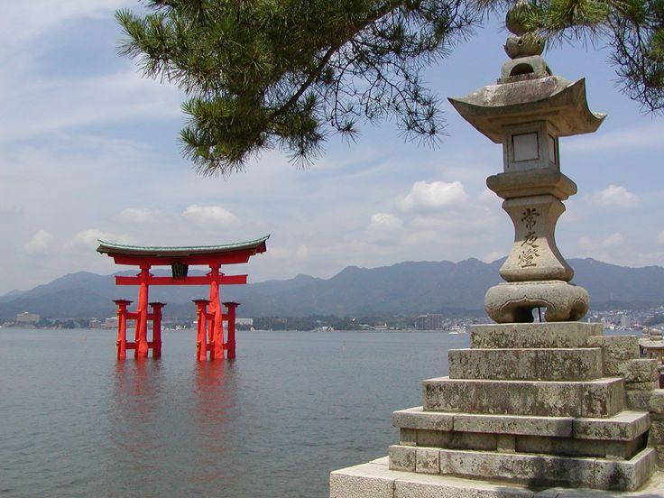 Itsukushima torii miyajima japan asia travel japan