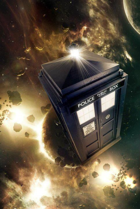 When I was little I wished so hard that the TARDIS would show up on my street one day... TARDIS in action