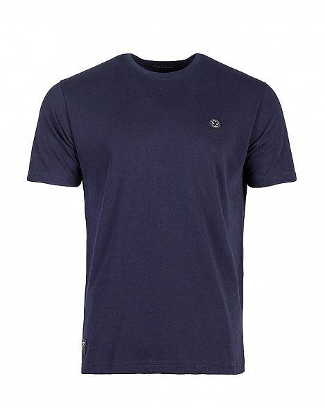Футболка Marshall Artist Classic T-Shirt French Navy  Классическая футболка, выдержала испытание временем по качеству и посадке. Нам нечего больше добавить.  • Мягкий материал • Сплетенный брендинг на груди • Круглый вырез • 100% хлопок  Бренд Marshall Artist был основан в Лондоне в 2001 году и практически сразу был признан одним из самых успешных и быстроразвивающихся брендов мужской одежды в Великобритании. Марка была представлена в лучших магазинах , в числе которых лондонский Jones and…