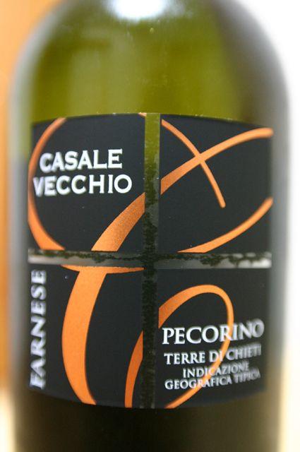FARNESE CASALE VECCHIO PECORINO 2008 1