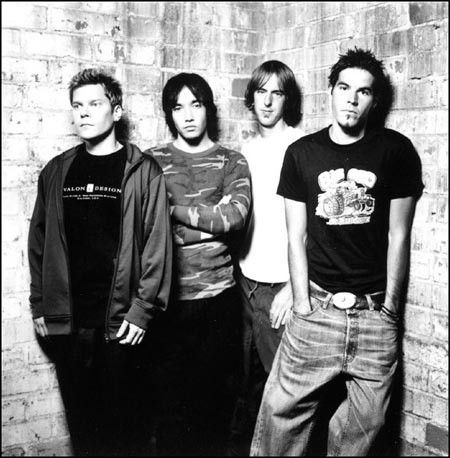 Hoobastank opened for Linkin Park at Long Beach Arena. The guitarist would later cut in front of me at a food line at a party years later.