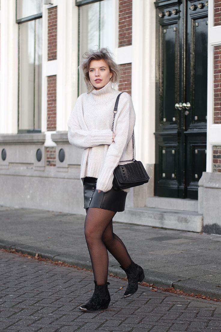 @redreidinghood www.redreidinghood Fashion blogger wearing fishnet tights sendra boots outfit leather skirt turtleneck knit