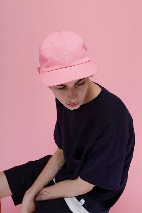 Korean Brand LIFUL Boxes Things Up for Summer 2015 http://www.95gallery.com/