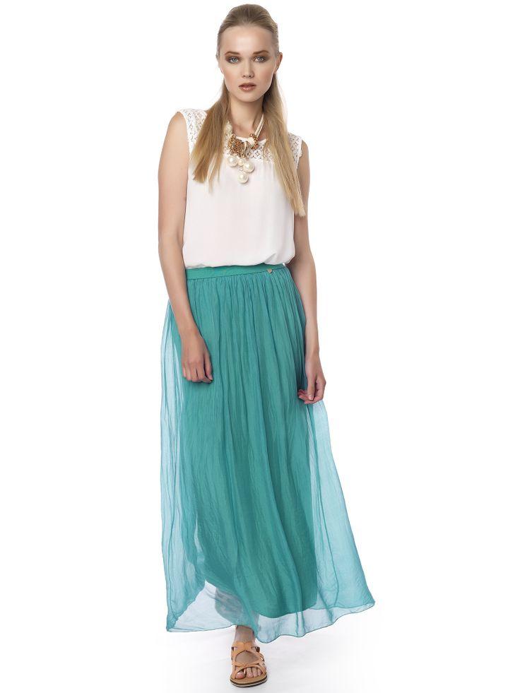 #green_skirt