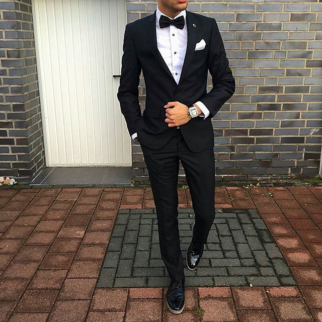 Tux style!  Tag someone who would like it! Follow @mr.mensstyle for the best mens outfits, fashion, watches⌚ and accessories! Courtesy of @c.e.m.d.e