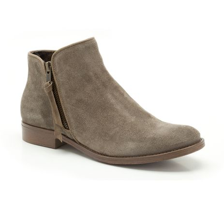 A great fusion of the Chelsea boot and Cuban styling, these women's ankle boots are bang on-trend for AW12. Designed in grey suede they zip on the outside and are beautifully finished with a 40mm heel and soft textile linings.
