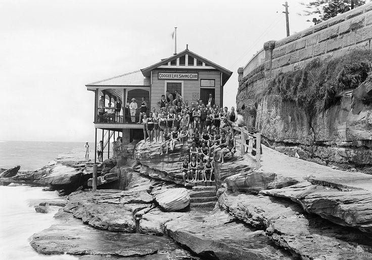 Coogee Life Saving Club in 1915.