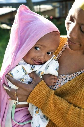 A sweet #smile crosses the face of a child as she peeks out from under a blanket while snuggling with her mother in Ethiopia. One in 10 children born with a cleft won't live to see their first birthday. Help us change that: http://ow.ly/digY7 #OperationSmileChildren Born, Won T Living, Sweets Heart, Smile Crosses, Operation Smile Amazing, Smile Amazing Work, Sweets Smile, Cleft Won T, Http Ow Ly Digy7 Operationsmil