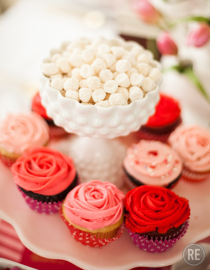 Pink and Red Cupcakes. Valentine's Day party spread!