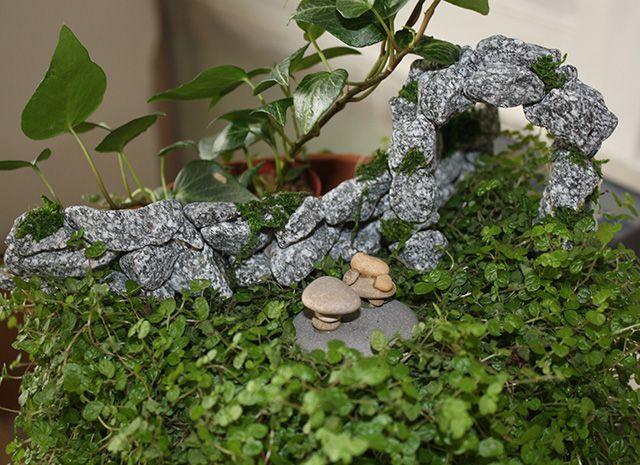stonegardenwalland-arch.jpg (640×465)