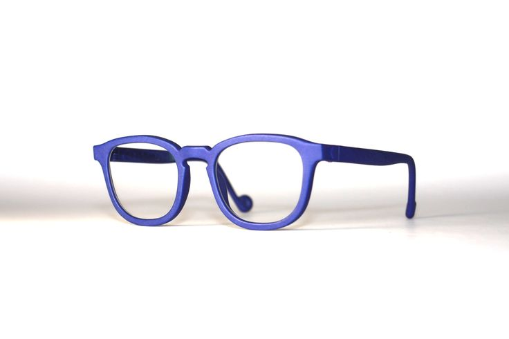 Sam Doe, Blue. Kokosom eyewear.