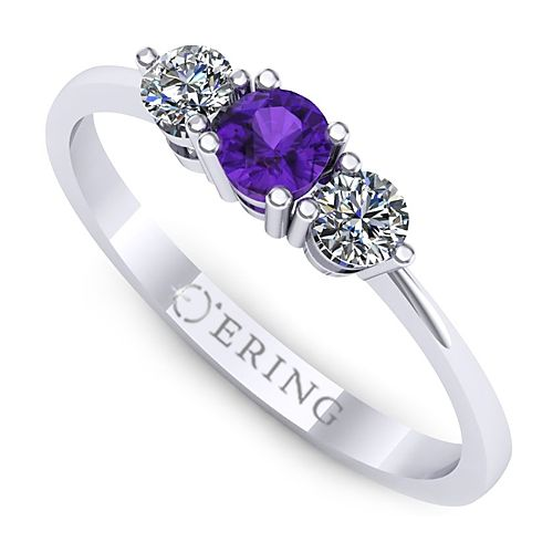 Inel de logodna Three Stone din aur alb, cu un safir si doua diamante.