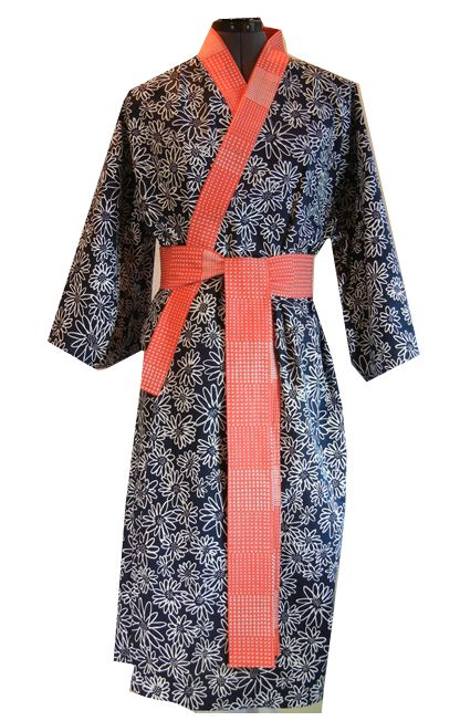 SEW a robe from your favorite fabric! (click!)