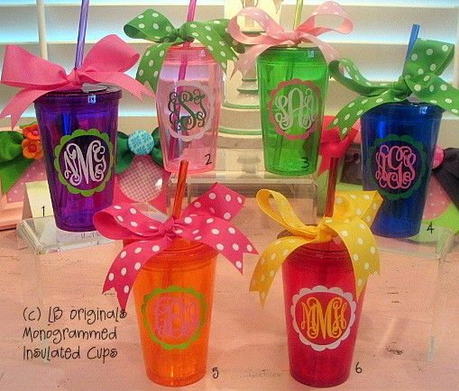 tsm: Monograms Crafts Gifts, Grad Gifts, Tumblers Cups Gifts Ideas, Monograms Tumblers, Cute Girls Teacher Gifts, Cute Ideas, Bridesmaid Gifts, Graduation Gifts, Monograms Cups