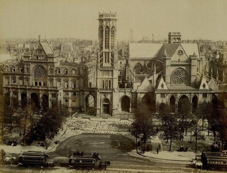 La place du Louvre et l'église Saint-Germain-l'Auxerrois vers 1875.