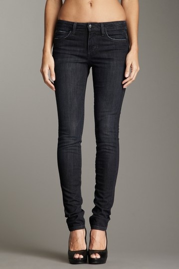 ...grown up girl jeans    ///Joe's Jeans  Skinny Chelsea Jean