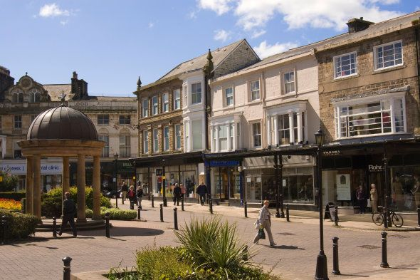 England, North Yorkshire, Harrogate, Town centre view