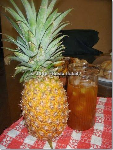 Tepache. Cómo hacer tepache paso a paso. Bebida mexicana refrescante y saludable. Es un probiótico.