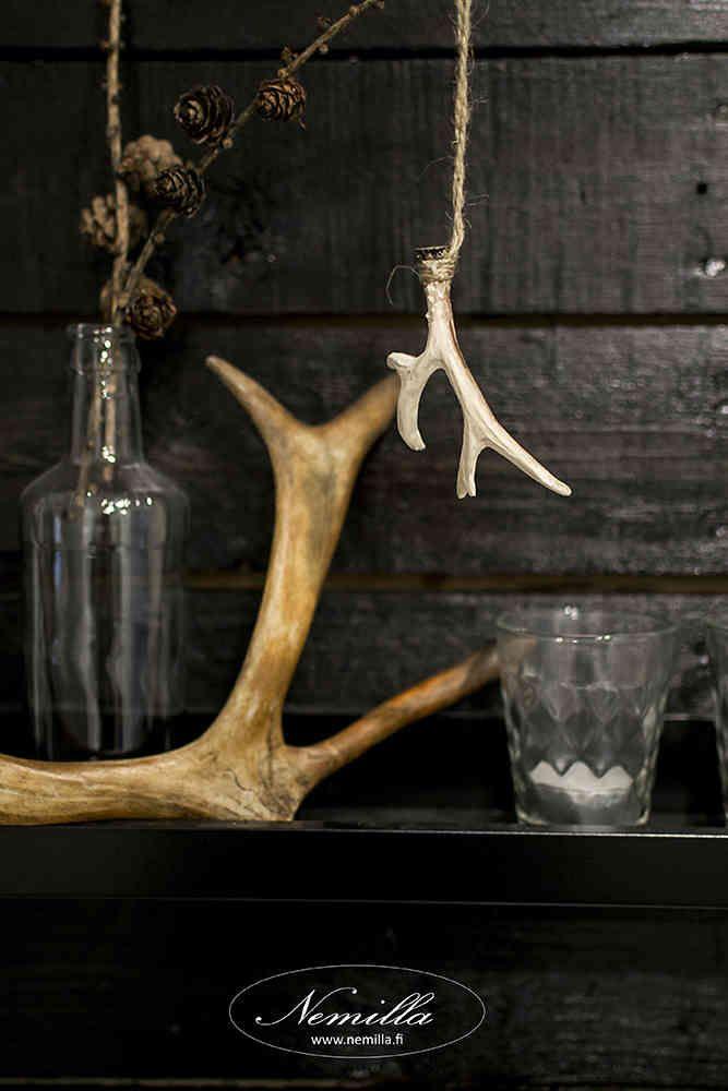 SARVIKORISTE - www.nemilla.fi #antlers #sarvet #tauluhylly