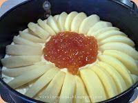135 gr di farina 00  135 gr zucchero  100 gr burro morbido 2 uova fresche 1 bustina di lievito 2 mele medie tagliate a fettine sottili  2 cucchiai abbondanti di marmellata di asa(albicocche)un po' di latte se necessario un pizzico di sale