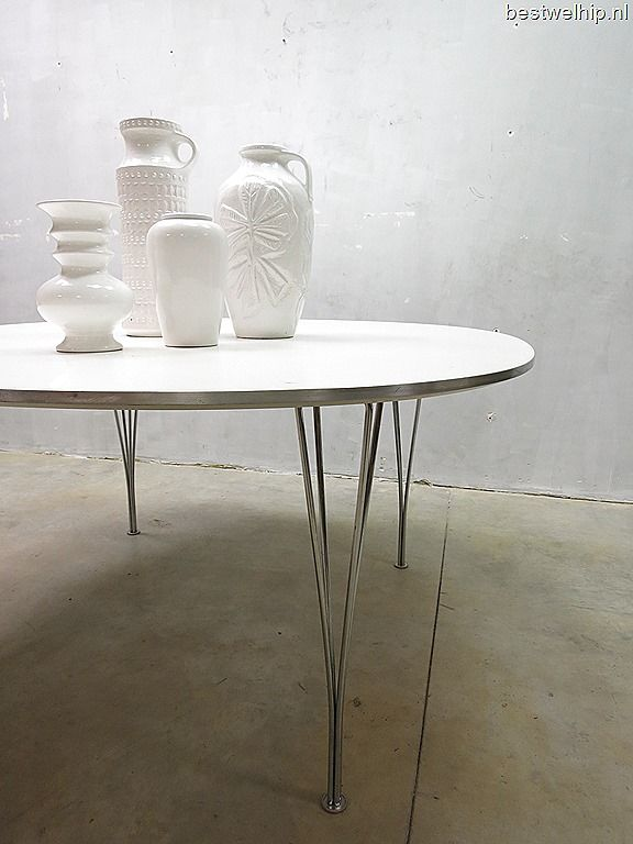 Fritz Hansen vintage industrial ellips dinner table, vintage eetkamer tafel vergadertafel Mid century design loft industrieel jaren 60