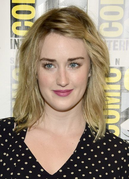 """Actress Ashley Johnson attends the """"Blindspot"""" press line during Comic-Con International on July 23, 2016 in San Diego, California."""