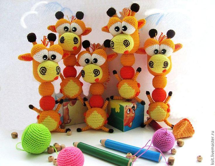 Развивающие игрушки крючком с описанием