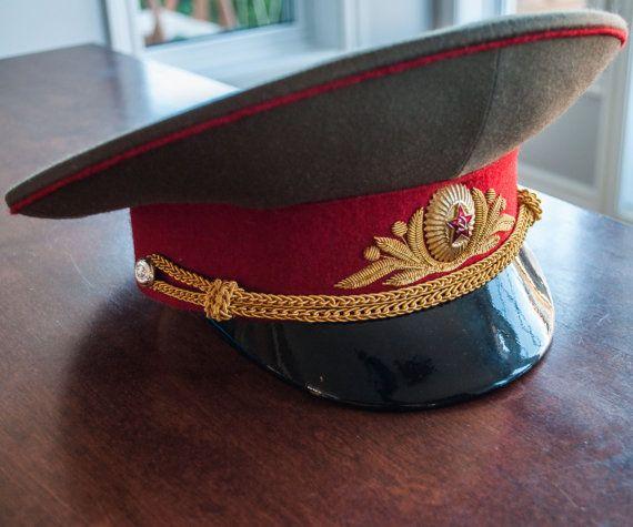 Chapeau d'officier militaire à visière dorigine par 3rvintages